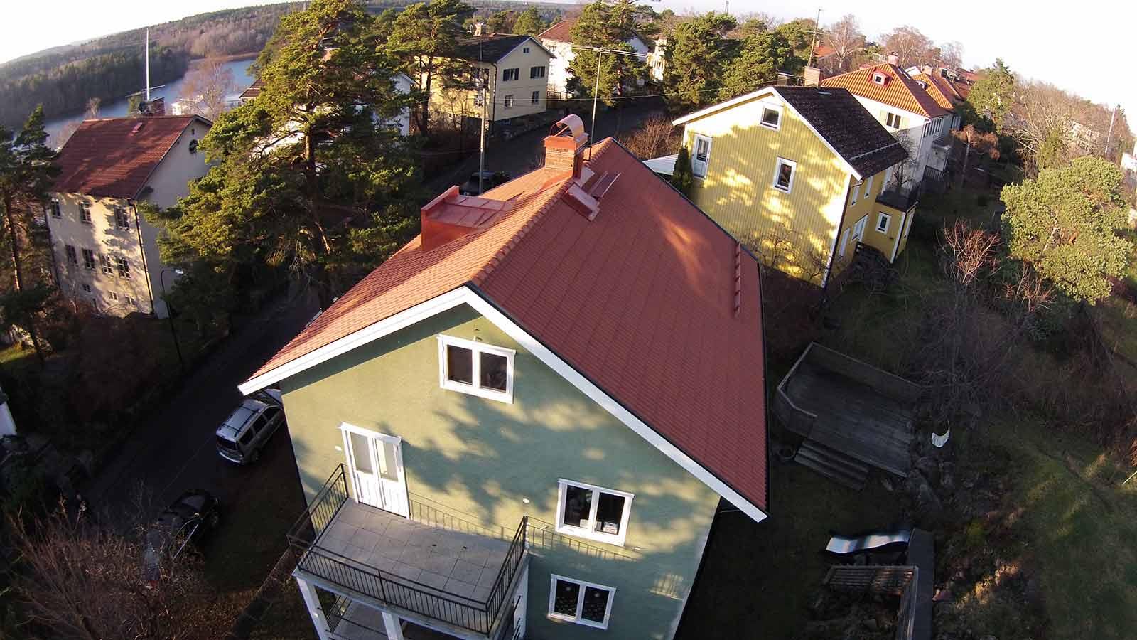 Takrenovering i Stockholm/Bromma