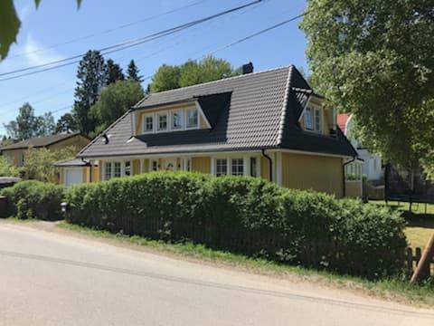Takläggning i Stockholm – Huddinge